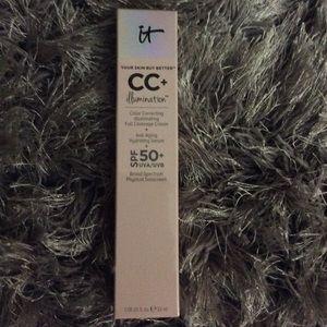 It cosmetics CC cream color medium